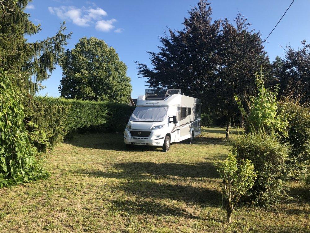 Aire camping-car à Sarlat-la-Canéda (24200) - Photo 2